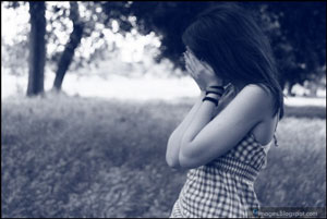 sad-alone-girl